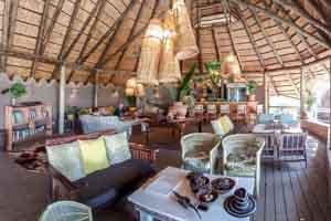 Afrika Erfahren, Botswana Rundreise Mietwagen Okavango Delta, Bakwena Lodge