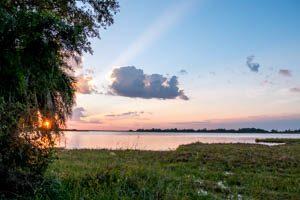 Afrika Erfahren, Botswana Rundreise Selbstfahrer ums Okavango Delta, Guma Lagoon Sonnenaufgang