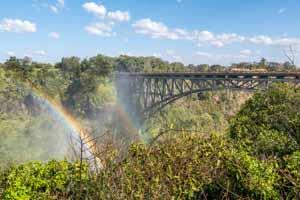 Afrika Erfahren, Botswana Rundreise Mietwagen, Victoria Falls Brücke nach Sambia