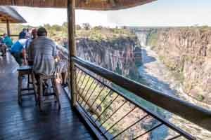 Afrika Erfahren, Botswana Rundreise Mietwagen, Victoria Falls Lookout Cafe