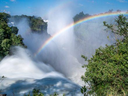 Von den Victoriafällen zum Okavango Delta, Afrika Erfahren, Botswana Simbabwe Rundreise Mietwagen, Victoria Falls, Devils Cataract