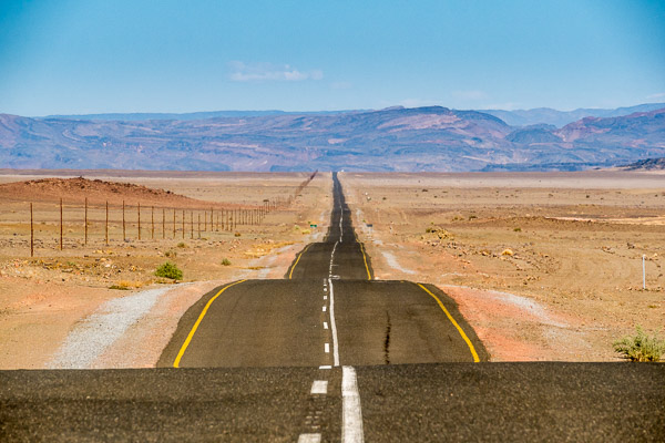 Afrika Erfahren, Namibia, Mietwagenreise, Einsame Strasse
