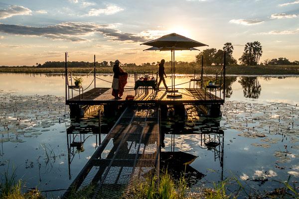 Afrika Erfahren, Botswana, Mietwagenreise, Sonnenuntergang bei Thamalakane