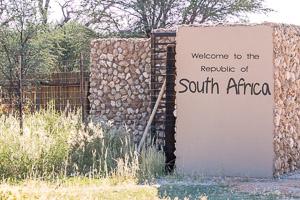 Afrika Erfahren, Windhoek nach Kapstadt, Grenzübergang Mata-Mata