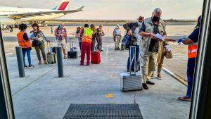 Mietwagen Namibia Corona, Flughafen Windhoek, Ankunft