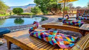Mietwagen Namibia Corona, Waterberg Guest Farm, Pool