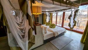 Selbstfahrer Namibia Corona, Etosha Oberland Lodge, Chalet