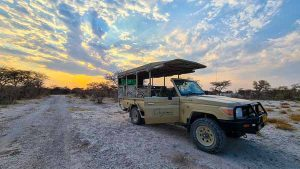 Selbstfahrer Namibia Corona, Onguma, The Fort, Pirschfahrt