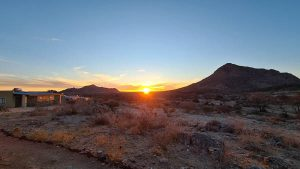 Namibia Rundreise Corona, Hohenstein Lodge, Sonnenaufgang
