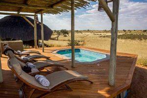 Namibia Rundreise Mietwagen Corona Selbstfahrer, Red Dunes Lodge, Trans Kalahari Walk, Wandern, Pool