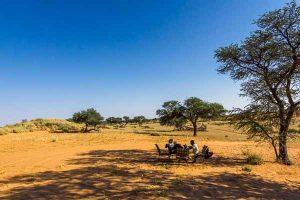 Namibia Rundreise Corona Selbstfahrer, Red Dunes Lodge, Trans Kalahari Walk, Rast