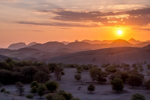 Afrika Erfahren, Namibia, Selbstfahrer, Rundreise, Mietwagen, Corona, Sonnenuntergang